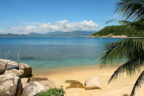 Strand Six Senses Vietnam